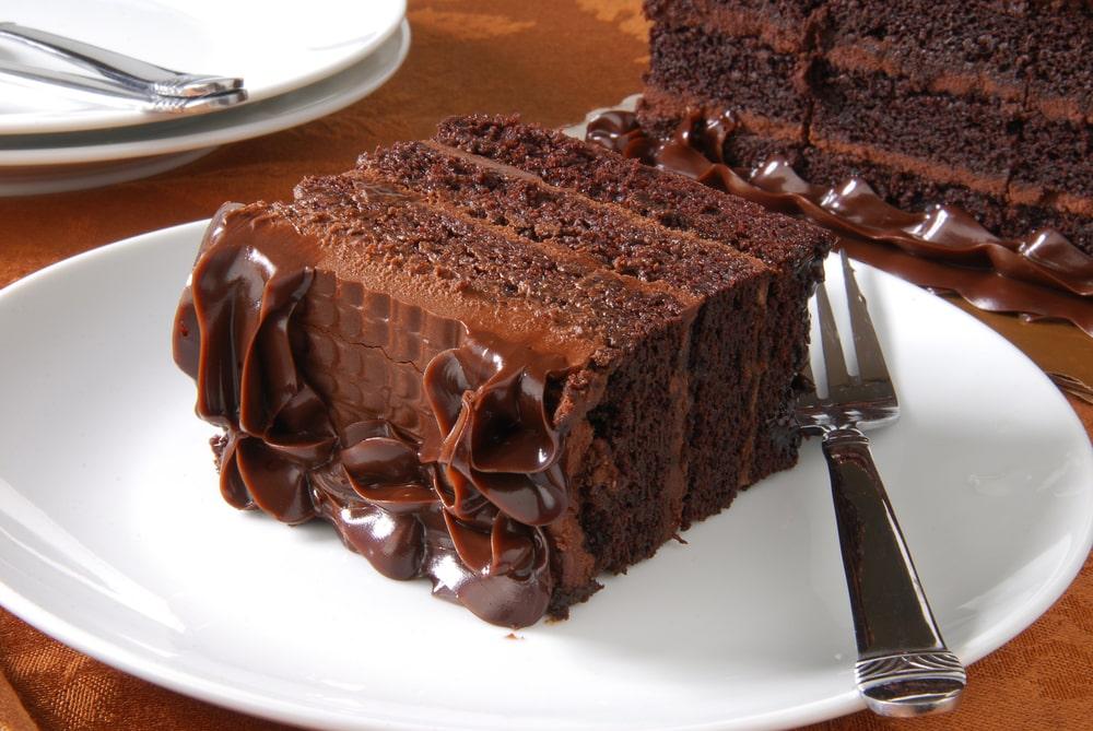 Çikolatalı Etimekli Pasta Tarifi, Nasıl Yapılır
